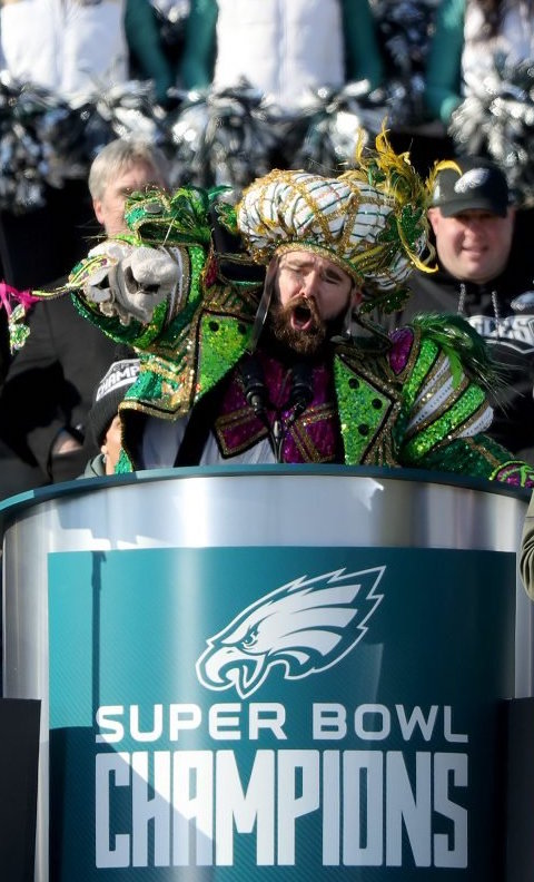 21c3d859b1bf05 At the parade celebrating the Philadelphia Eagles' Super Bowl victory  today, Eagles center Jason Kelce (decked out in a Mummer suit) led the  crowd in a ...